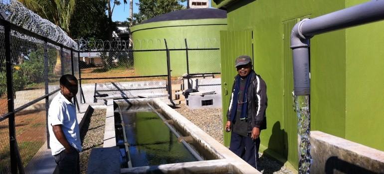 Construction d'un système d'adduction d'eau par pompage (solaire)